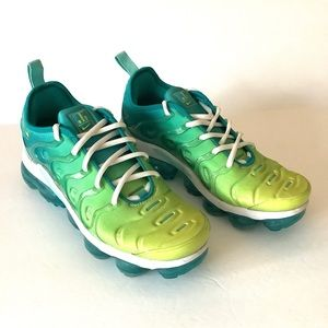 NIKE Air Vapormax Plus Running Shoes Spirit Teal CI9900-300 Lime Teal Sz 7.5